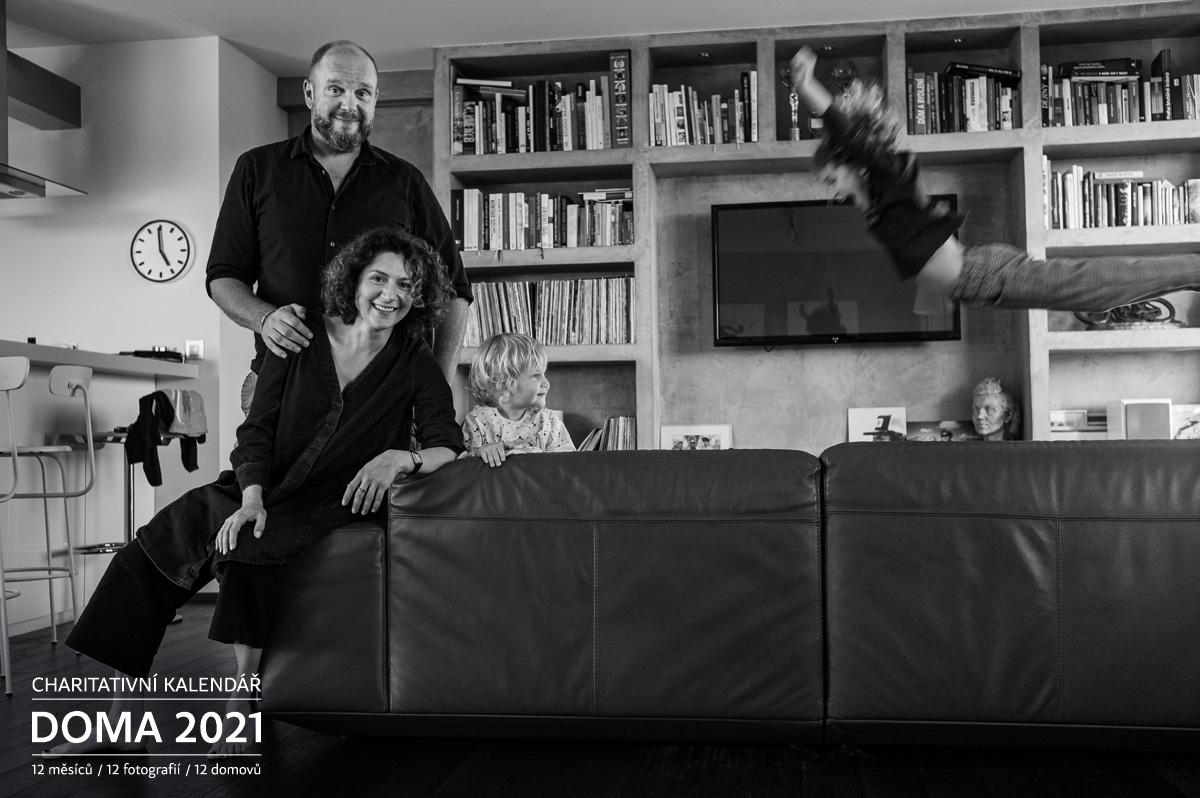 Portrét Martha Issová s partnerem Davidem Ondříčkem Doma 2021
